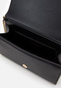Love Moschino - EVENING BAG - Across body bag - black - 3