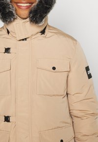 PARELLEX - GALACTIC TECH JACKET - Winterjas - sand - 7