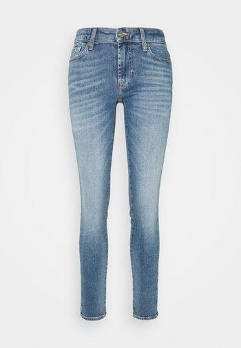 PYPER SLIM ILLUSION REALITY - Slim fit jeans - light blue