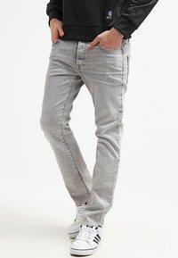 G-Star - 3301 STRAIGHT - Straight leg jeans - kamden grey stretch denim - 0
