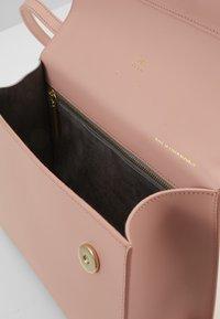 PB 0110 - Across body bag - dust pink - 2