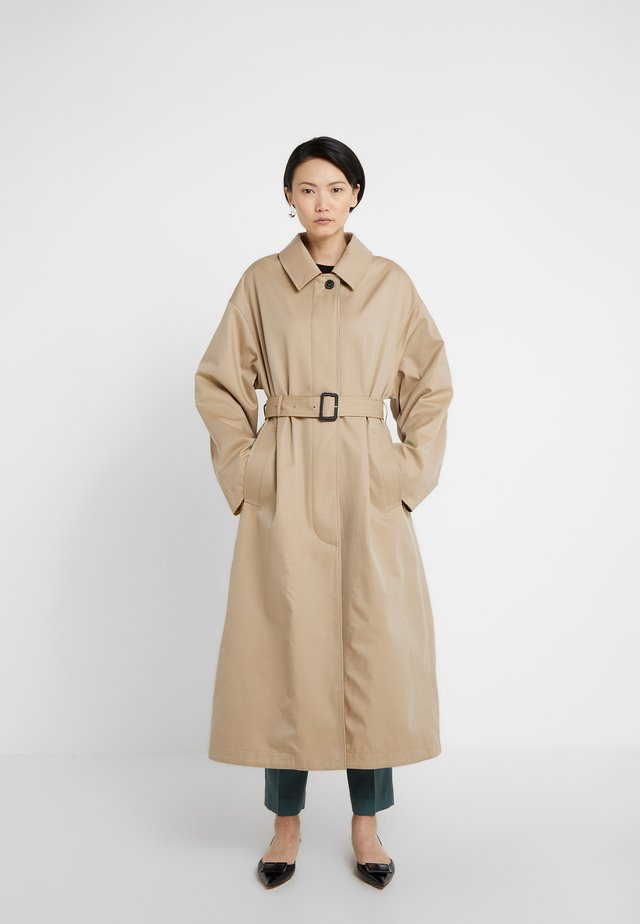 AMULREE COAT - Trenchcoat - honey