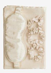 ZOË AYLA - SILKY BEAUTY SLEEP COLLECTION - Skincare tool - ivory - 0