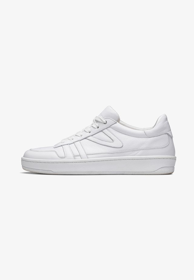 COURT CLAY W'S - Sneakers laag - white/white