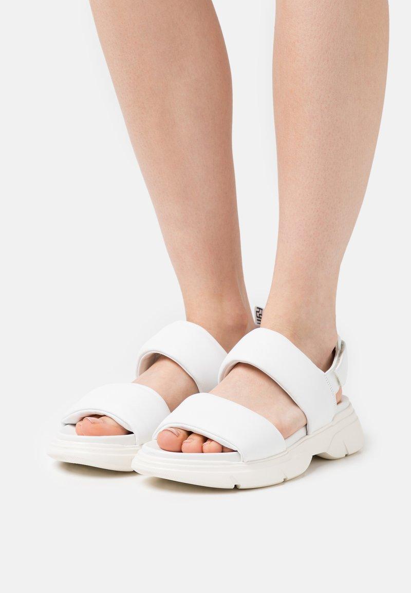 Högl - VITALITY - Platform sandals - weiß