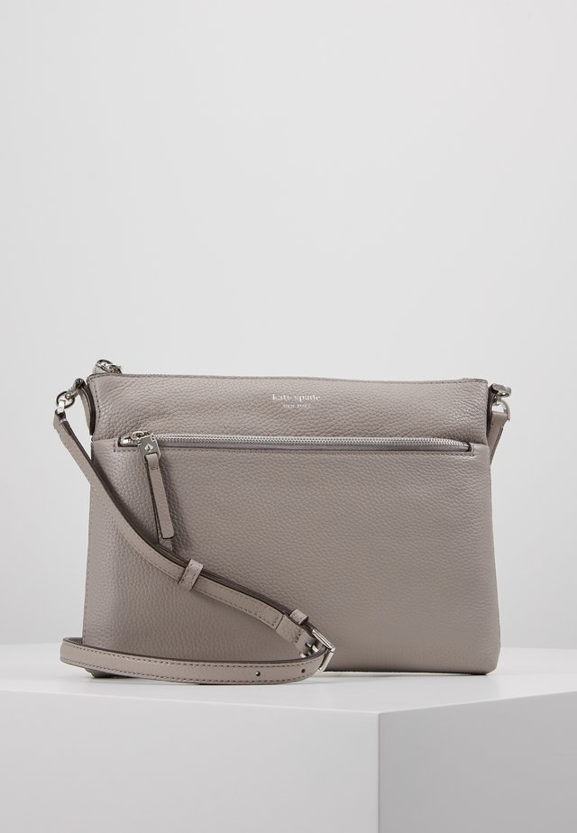 POLLY MEDIUM CROSSBODY - Across body bag - true taupe
