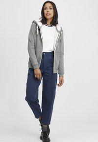 Oxmo - BINJA - Zip-up hoodie - grey melange - 1