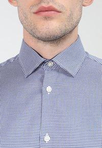 Selected Homme - SLHSLIMNEW MARK - Zakelijk overhemd - dark navy/white - 3