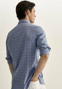 Massimo Dutti - SLIM FIT - Shirt - light blue - 1