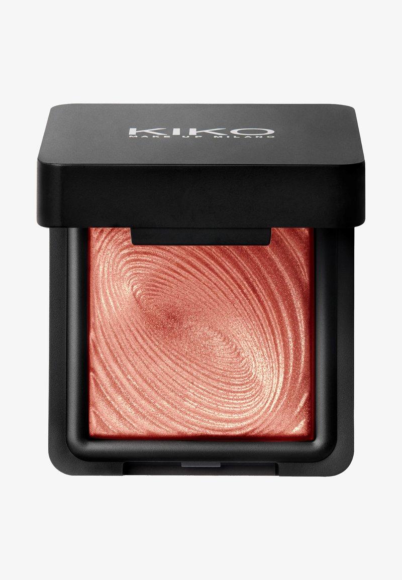KIKO Milano - WATER EYESHADOW - Eye shadow - 218 grapefruit pink