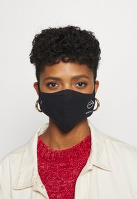 Maison Hēroïne - BUNDLE 3 PACK - Community mask - black - 0