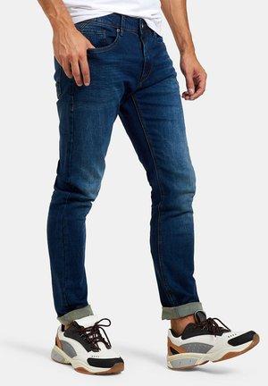LUCAS SLIM GYM DARK DENIM L34 - Slim fit jeans - blue
