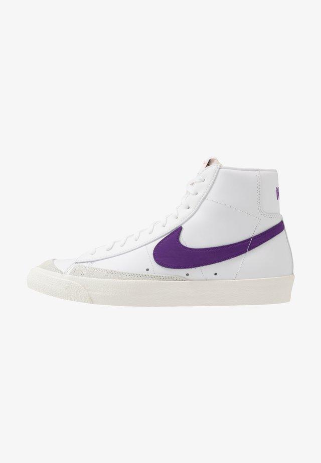 BLAZER MID '77 - Korkeavartiset tennarit - white/voltage purple/sail