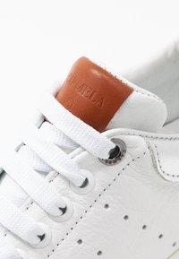 Carmela - Sneakers laag - silver - 2