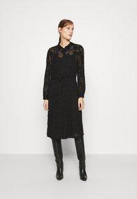 Moss Copenhagen - SERICE DRESS - Košilové šaty - black - 0