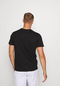 Kappa - HAUKE TEE - Basic T-shirt - caviar - 2