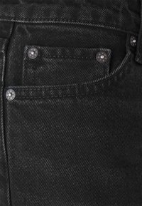 Weekday - ARROW LOW - Straight leg jeans - washed black - 5