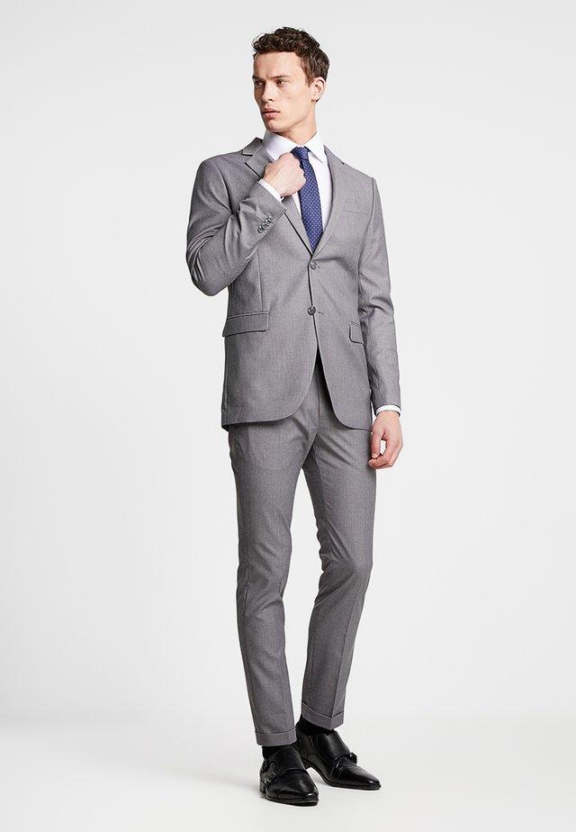 Suit - light grey
