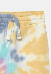 Cotton On - MINI LICENSE SLOUCH DISNEY UNISEX - Trainingsbroek - multi-coloured - 3