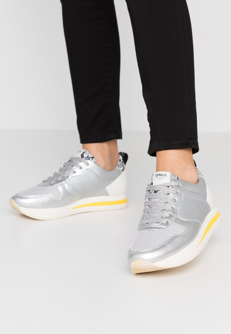 ONLY SHOES - ONLSILLIE BLOCK - Sneakers - silver
