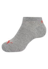Puma - SNEAKER PLAIN 6 PACK UNISEX - Trainer socks - black/red - 1