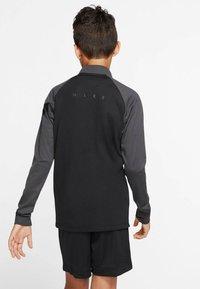Nike Performance - Long sleeved top - schwarz/grau (718) - 2