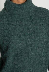 ONLY - JANA - Abito in maglia - mallard green - 4