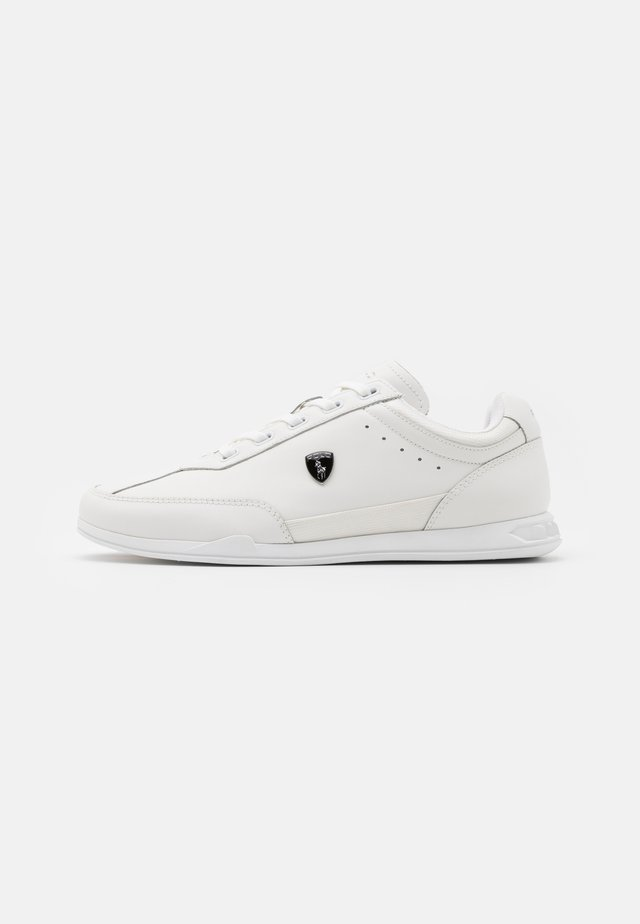 ACTIVE IRVINE  - Trainers - white