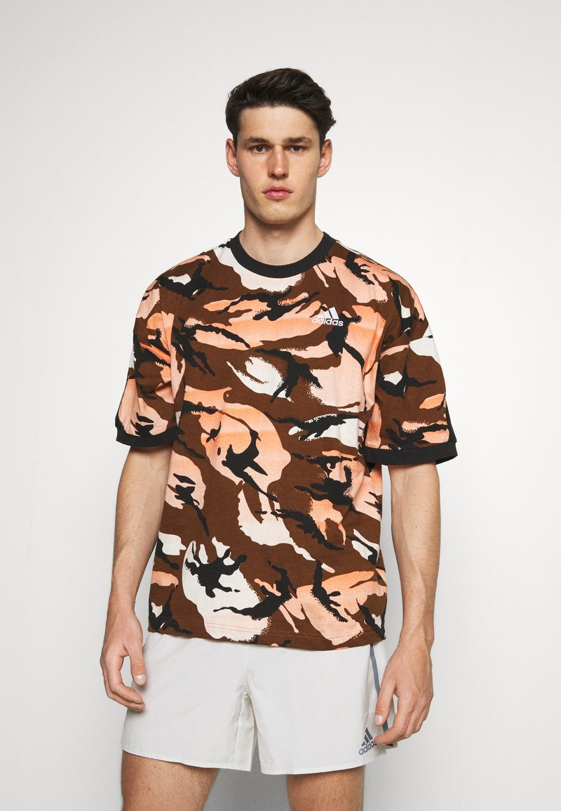 adidas Performance - STREET - Print T-shirt - brown