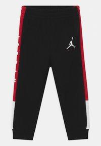 Jordan - AIR TRANSITIONAL SET UNISEX - T-shirt imprimé - black - 2