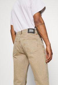 Dr.Denim - DASH - Straight leg jeans - wood - 3