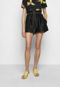 3.1 Phillip Lim - ORIGAMI  - Shorts - black - 0
