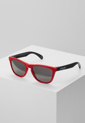 FROGSKINS - Sunglasses - black/red