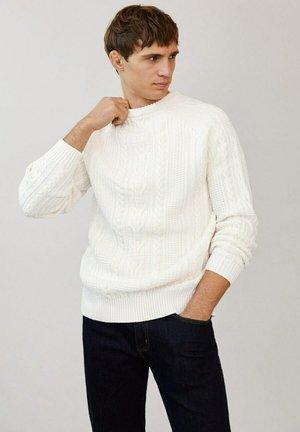 FARGO-I - Stickad tröja - ecru