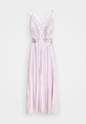 Festklänning - rosé