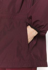Sweaty Betty - MISSION JACKET - Waterproof jacket - plum red - 4