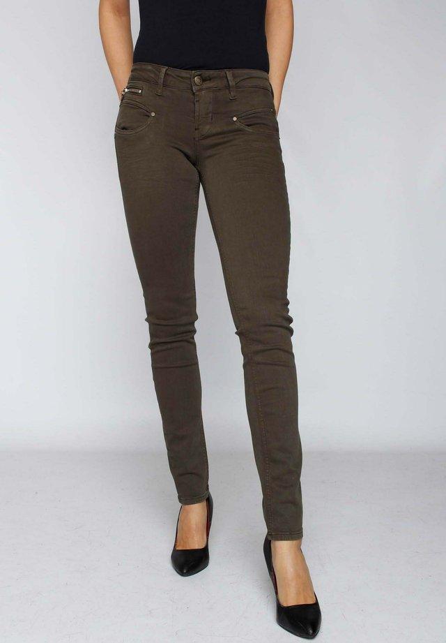 ALEXA NEW MAGIC  - Slim fit jeans - green olive