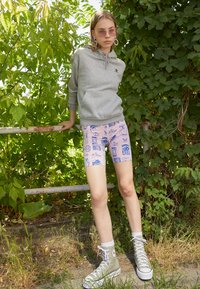 Obey Clothing - FLASH - Shorts - lavender - 1