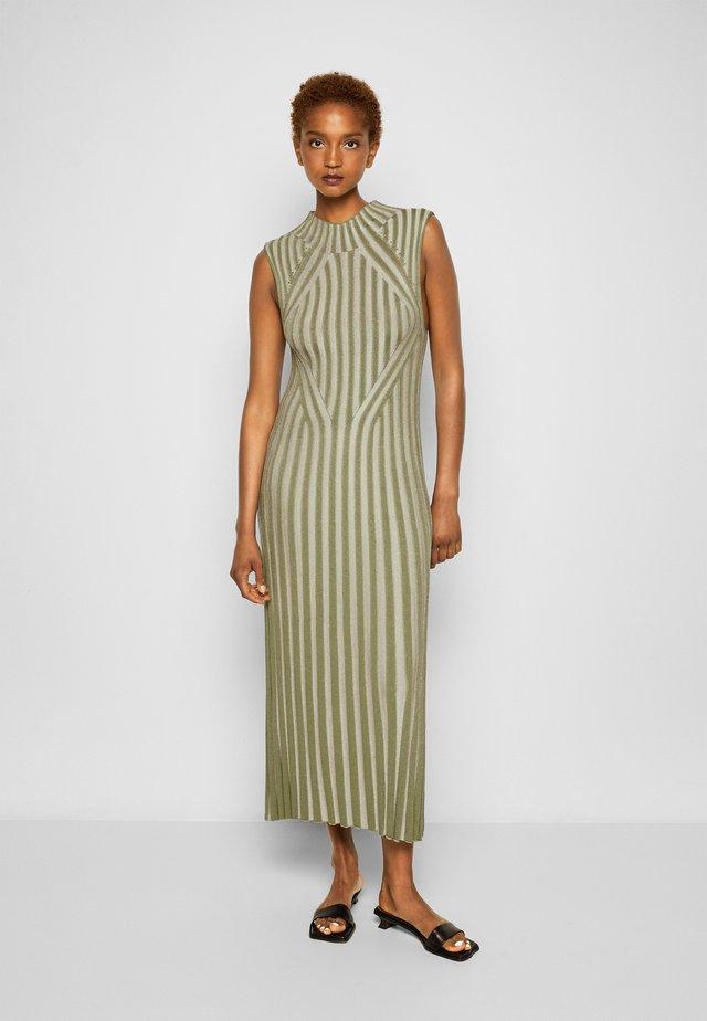 MARGHERITA - Gebreide jurk - sage