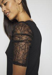 Morgan - DAIME - Print T-shirt - noir - 4