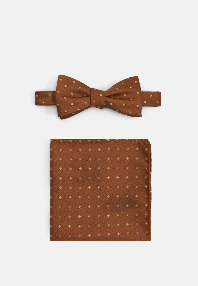 SLHLANDON BOWTIE HANKIE BOX SET - Mouchoir de poche - rust