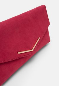 Dorothy Perkins - STITCHED METAL BAR CLUTCH - Clutch - pink - 4