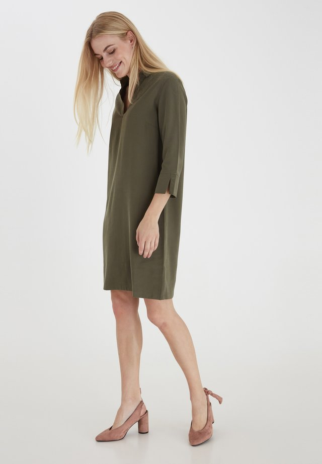 Day dress - green ink