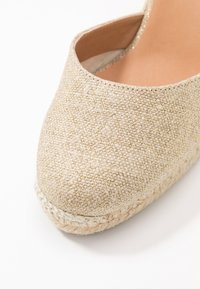 Castañer - CARINA  - High heeled sandals - oro claro - 2