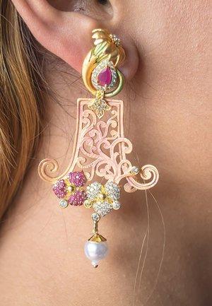 BOTANICAL SEMI CHANDELIER PASTEL - Earrings - pink