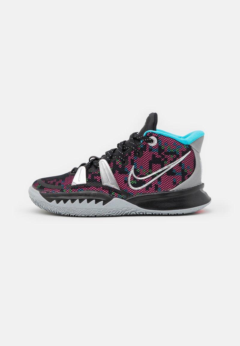 Nike Performance - KYRIE 7 UNISEX - Basketball shoes - black/metallic silver/light smoke grey