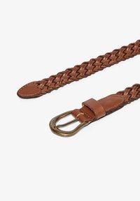 ONLY Carmakoma - Braided belt - cognac - 1