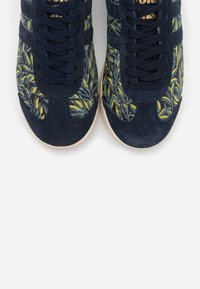 Gola - BULLET LIBERTY - Sneakersy niskie - navy/multicolor - 4