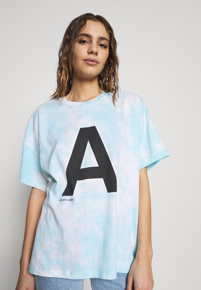 A OVERSIZED VINTAGE TEE - T-shirts med print - bora blue tie dye