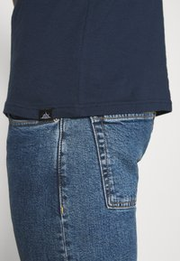 Newport Bay Sailing Club - MULTI TEE AUTUMN 3 PACK - Camiseta básica - oliv/dark blue/black - 7